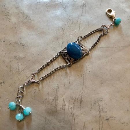 دستبند با سنگ لاحورد نگینی